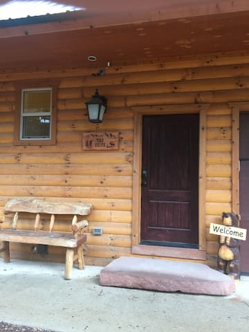 Secluded Suite Surrounded by Hiking/Biking Trails - Angel Fire - Apartamento