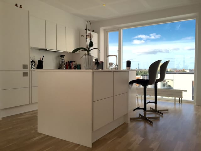 Luxurious penthouse apartment in midtown/near MCH - Herning - Appartement