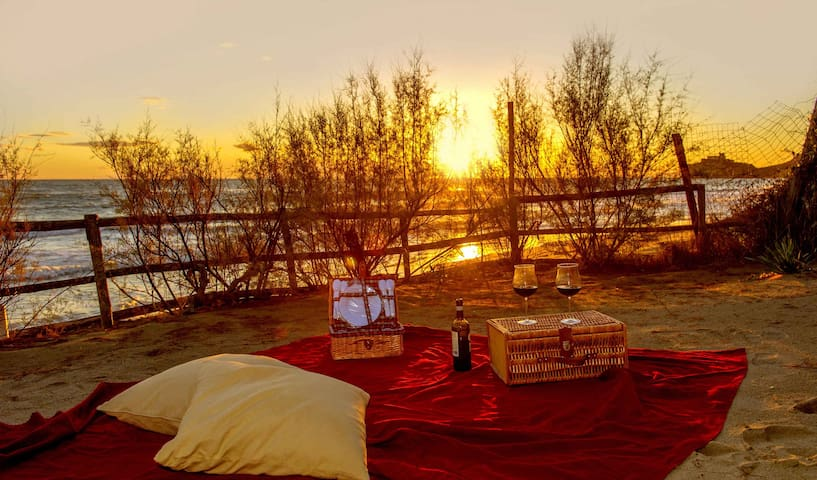 Appartamento giallo in riva al mare - カスティリオーネデッラペスカイア - アパート