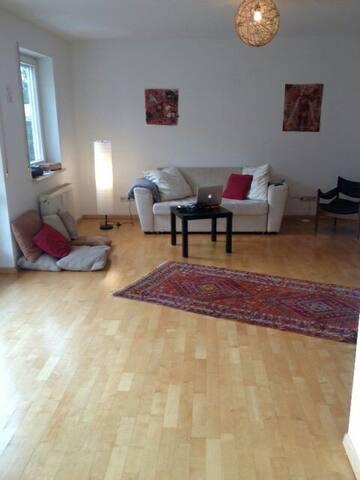 Schöne  2 Z. Wohnung 3 km von Basel - Grenzach-Wyhlen, Baden-Württemberg, DE - Daire
