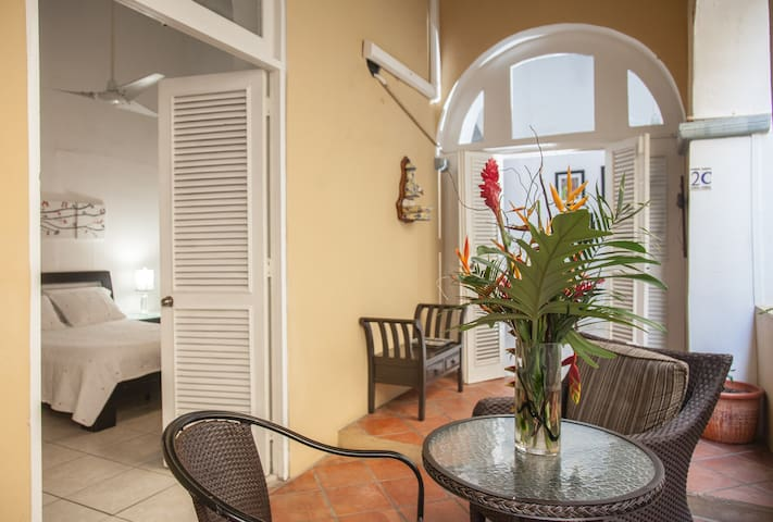 Colonial Old San Juan Apartment - San Juan