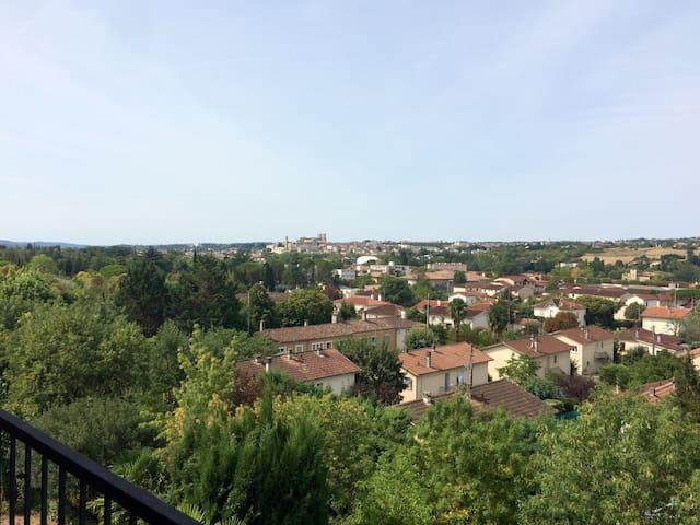 Appartement avec vue panoramique - Auch - Daire