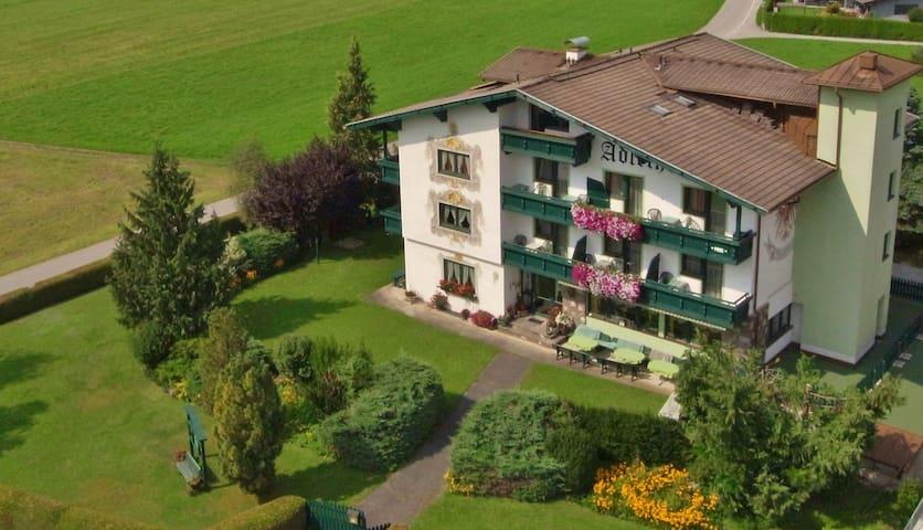 Zimmer ohne Verpflegung mit schöner Aussicht - Gemeinde Wildermieming - Annat