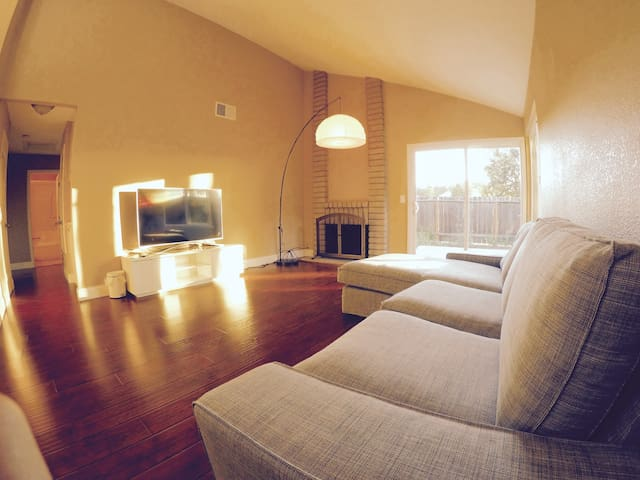 Great home in SF Bay Area (Room 3) - Rodeo - Hus