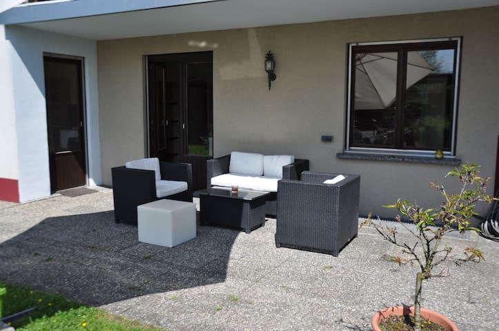 Gartenwohnung am Bodensee - Höchst - Lägenhet