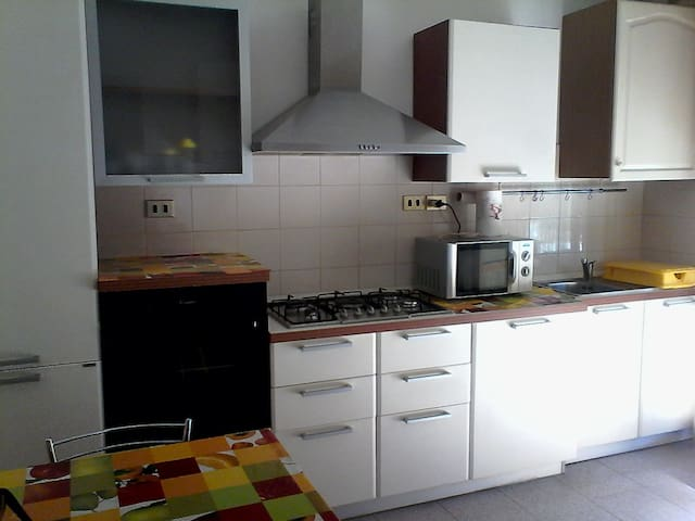 Riccardo's Home - Montignano-Marzocca - Departamento